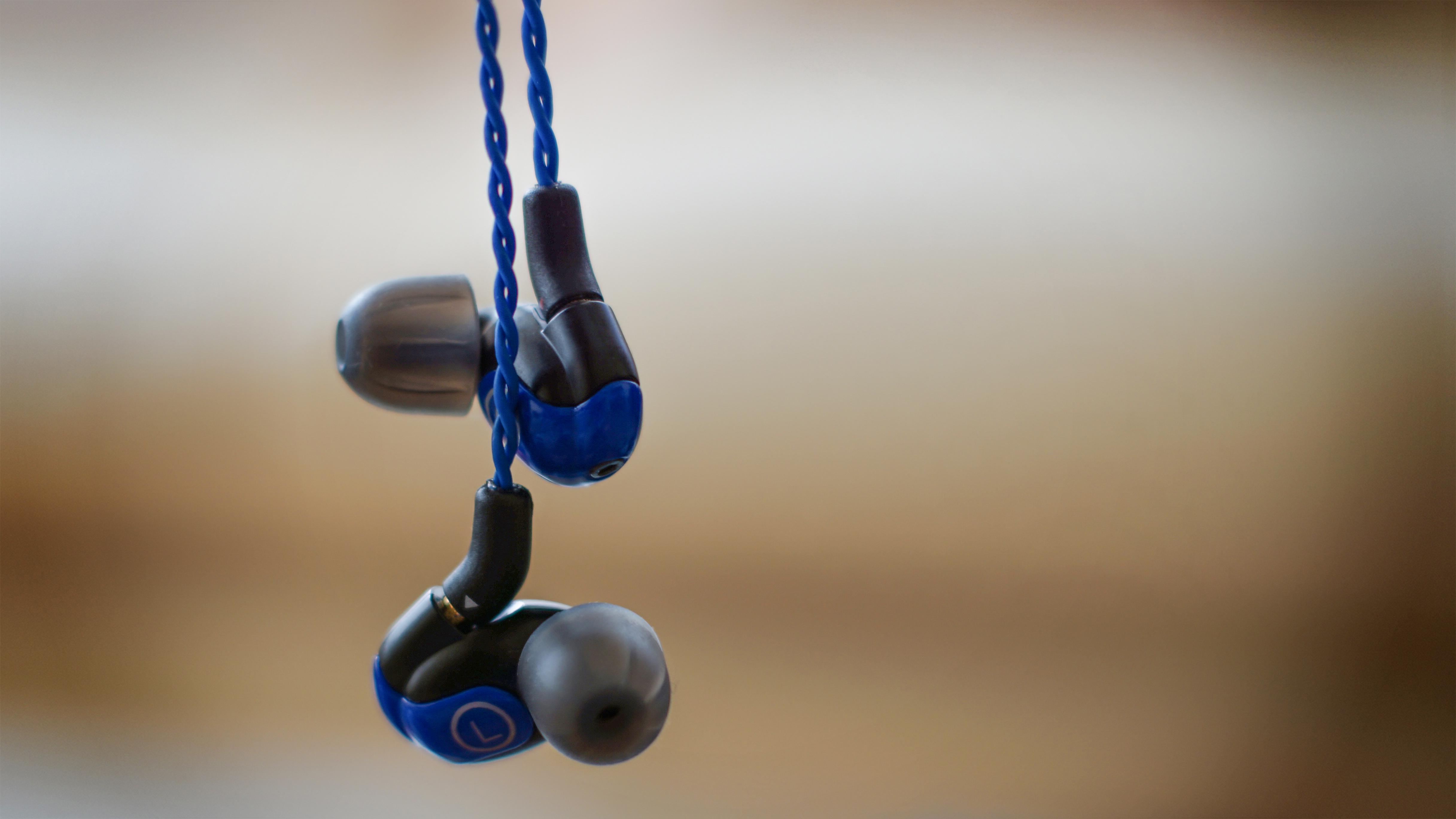 Bluetooth earphones under 200 - bluetooth earphones