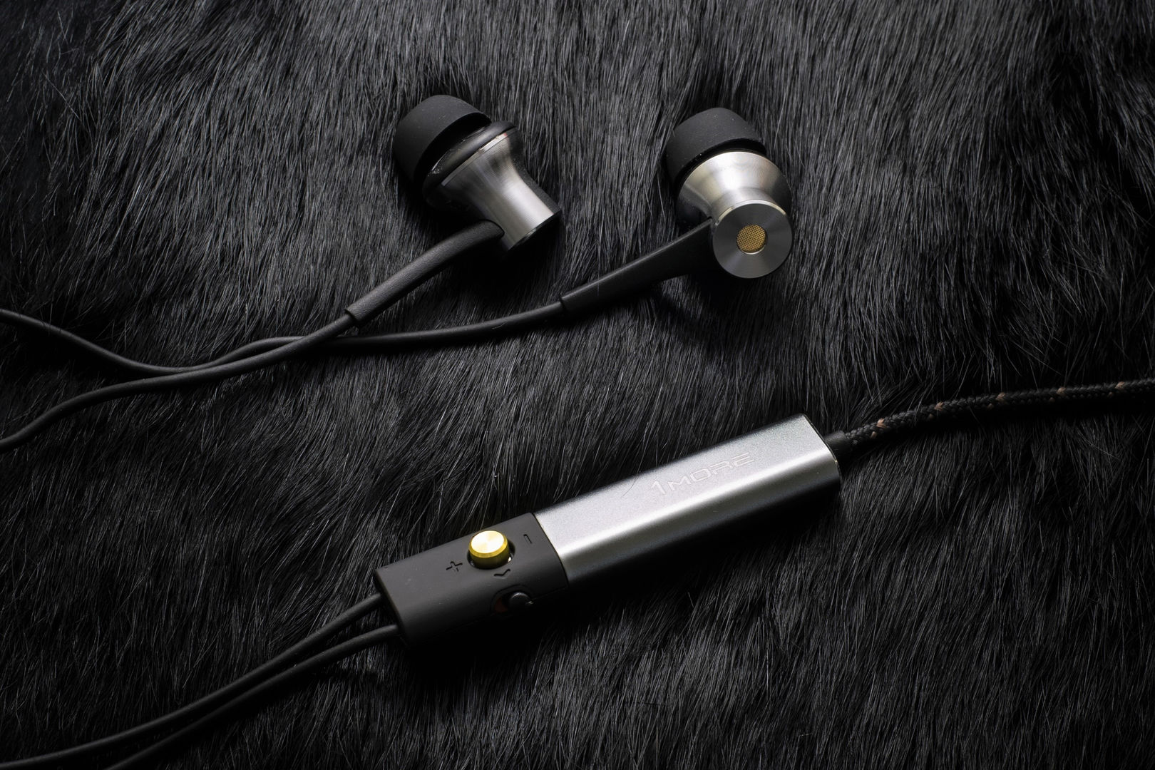 Earphones with microphone bose - lightning earphones with microphone
