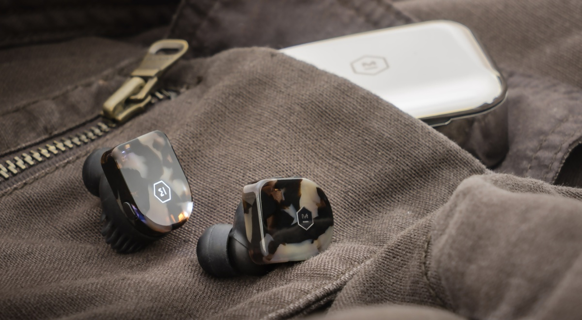 Master and Dynamic MW07 Review – True Win Stereo – Everyday